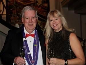 Chevalier Lee Flischel, Susan Flischel