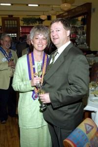 Vice Conseiller Gastronomique Robert Hasl, Dame Keitha Todd, Robert Todd