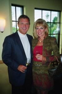 Chevalier Michael Comisar, Kathy Comisar