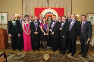 Chaîne and Mondiale inductees with officers
