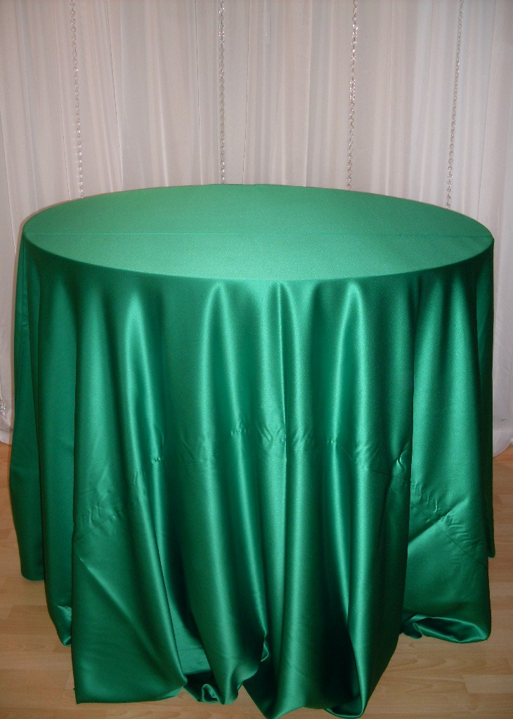ivory satin chair covers kingcamp folding quad decor » emerald green tablecloth