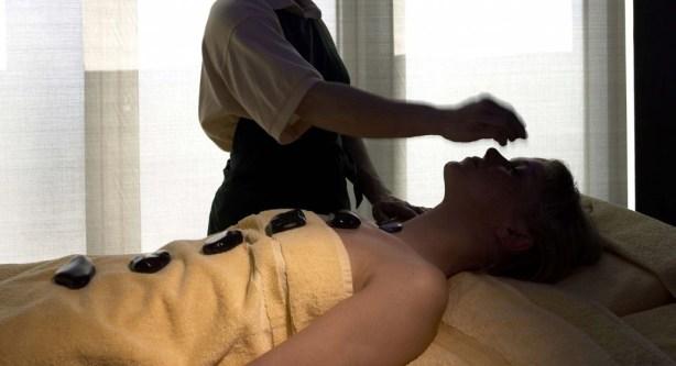 Six Senses Spa Barcelona - terapia de piedras