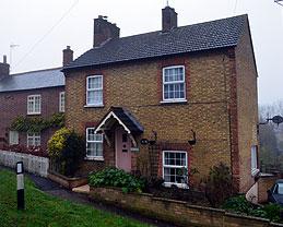 2 Hockliffe Road, Tebworth. Former smithy