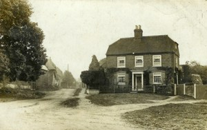 Very early photograph of Park Farm and the unmade Hockliffe Road (date unknown)
