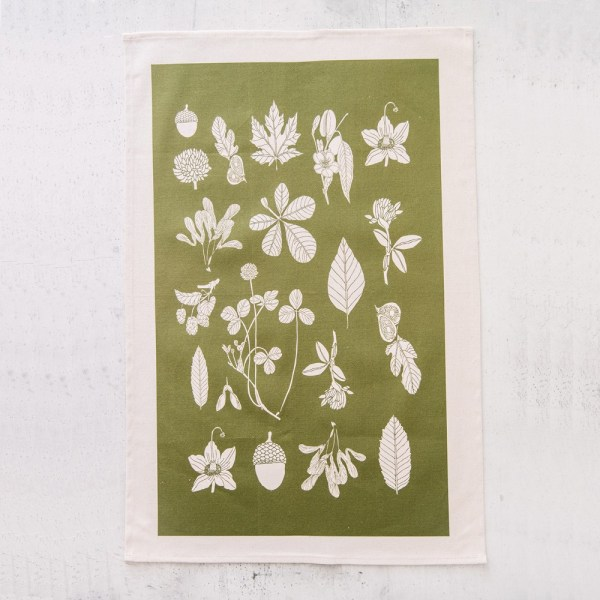 """Botanial summer tea towel in the colour """"greenery"""". By Softer + Wild on Chalk & Moss (chalkandmoss.com)"""