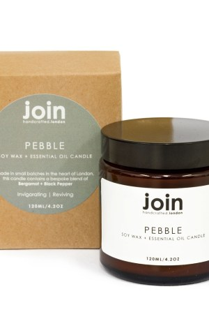 Reminiscent of childhood memories skimming stones on beaches, the invigorating Pebble essential oil candles are a unique blend of bergamot and black pepper. This signature unisex fragrance is the ideal gift for him or her. Perfect also as room decor in a holiday home holiday home interior, bathroom, workspace or for a nature connected garden office. Choose from one of three sizes, with different burn times. This is the 120ml version, with a burn time of 20-25 hours. Join aromatherapy candles are cruelty free, vegan and handmade in small batches in London with high quality essential oils and soy wax. You can see Join's full collection of soy wax candles, room diffusers, room mists and soaps at chalkandmoss.com.