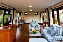 Living room @ Imperial Boat House