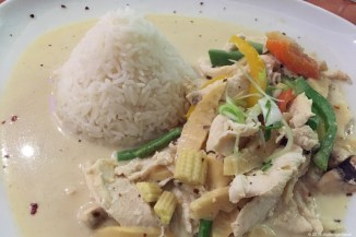 Green Curry mit Hühnchen