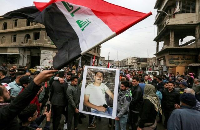 Funérailles d'un manifestant irakien tué lors de l'une des manifestations anti-gouvernementales à Bagdad le 3 décembre  2019 (AFP - SABAH ARAR)