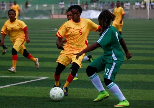 Des footballeuses soudanaises lors d'un match à Khartoum, le 30 septembre 2019 (AFP - Ashraf SHAZLY)