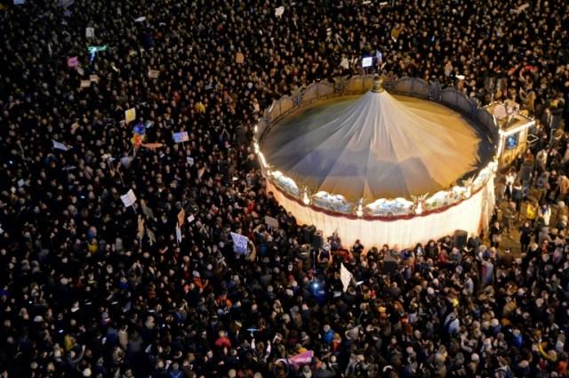 Des milliers de personnes manifestent contre l'extrême droite, le 30 novembre 2019 à Florence, en Italie (AFP/Archives - Filippo MONTEFORTE)