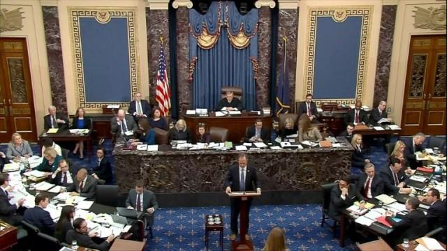 Capture d'image de l'élu démocrate Adam Schiff, procureur en chef au procès en destitution de Doanld Trump, dans l'enceinte du Sénat, à Washington le 30 janvier 2020  (US Senate TV/AFP - HO)