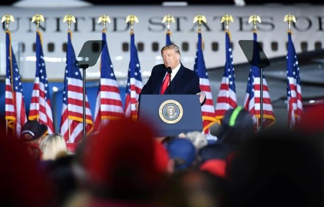 Le président américain Donald Trump s'exprime depuis Mosinee, dans le Wisconsin, le 17 septembre 2020 (AFP - MANDEL NGAN)