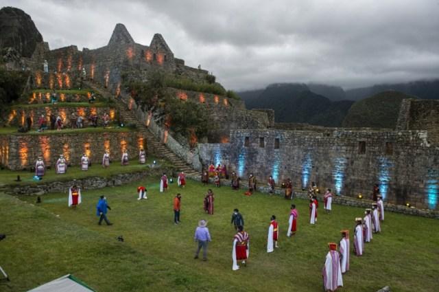 Cérémonie rituelle inca pour la réouverture du site archéologique du Machu Picchu, le 2 novembre 2020 au Pérou (AFP - ERNESTO BENAVIDES)