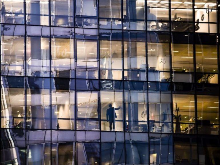 Tour de bureaux à la Défense