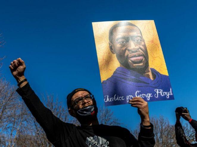Mort de George Floyd: l'avocat de Chauvin à l'offensive