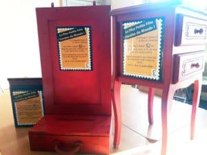 Les boîtes à texte rouges de la compagnie Dérézo