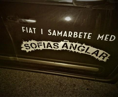 Att vara med i Sofias Änglar, som hjälpande hand
