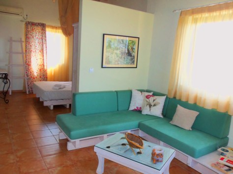 Anemoesa-finikounda-accommodation-3