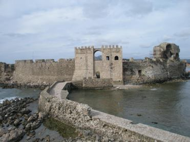 finikounda-methoni-castle-view