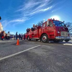 Downtown Holiday Fire Truck Rides