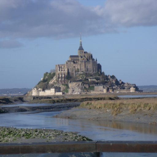 cropped-19-Mont-Saint-Michel-en-2014.jpg