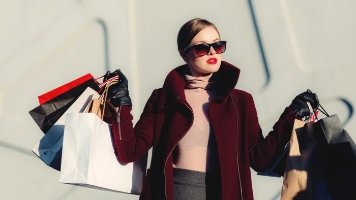 Here's How You Can Stop Overspending on Impulse Buys Once and For All