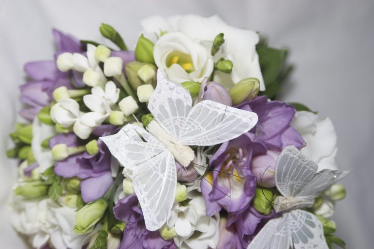 Purple and butterfly themed wedding - Champagne and Petals