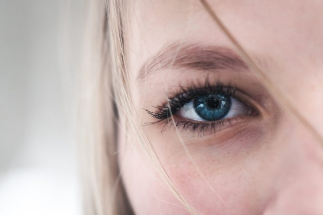 importance-of-using-eye-creams