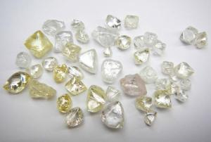 Lulo Diamond Parcels. Credit: Lucapa Diamond Company