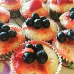 Champagne Cupcakes with Vanilla Glaze