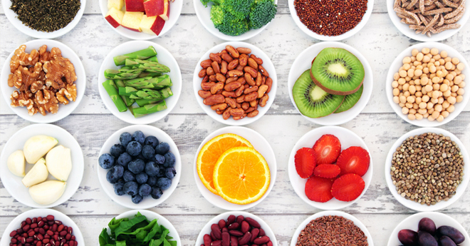 """Superfoods: The truth about these """"magic """" foods"""