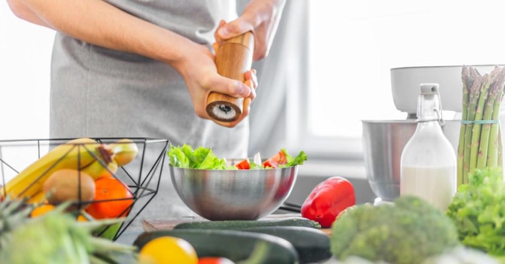 Τρόποι για να μειώσεις το αλάτι από τη διατροφή σου