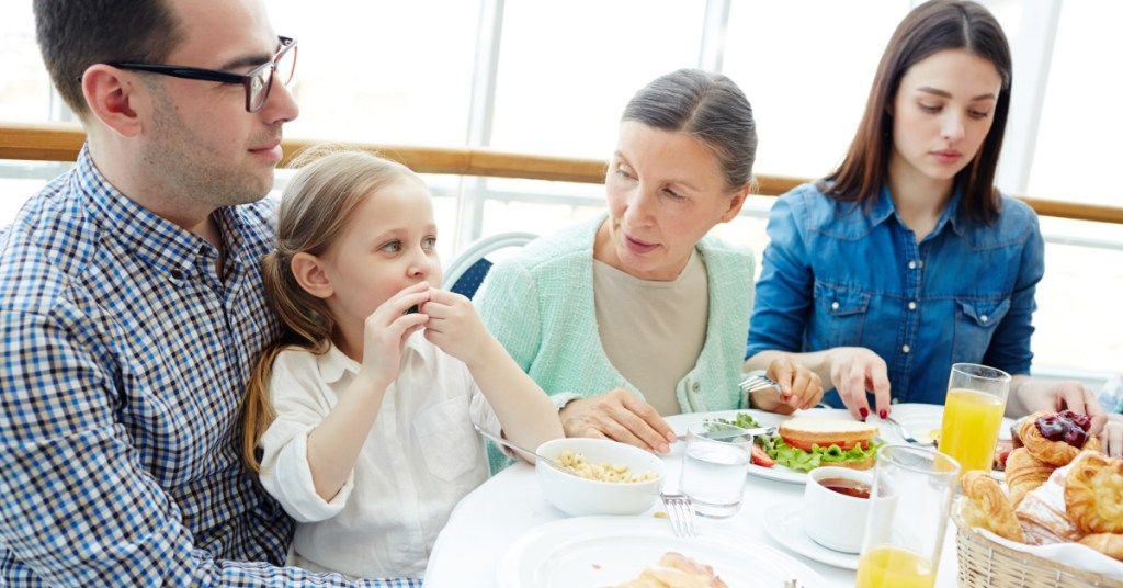 Για φαγητό έξω με τα παιδιά