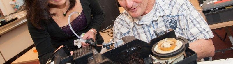 Repair Cafe - Fixing a Coffee Machine