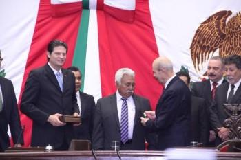 condecoración Melchor Ocampo Congreso del Estado 2