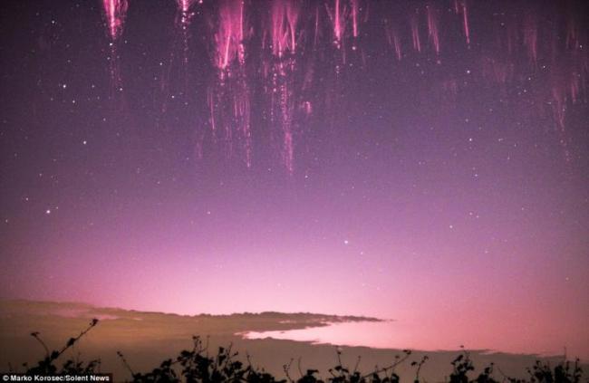 cielo llamado espectro rojo