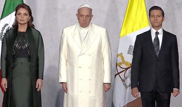 Papa en Palacio Nacional