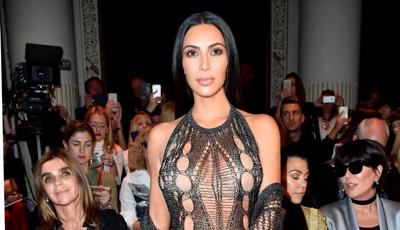 kim-kardashian-sin-calzones-en-la-semana-de-la-moda-en-paris-destacada