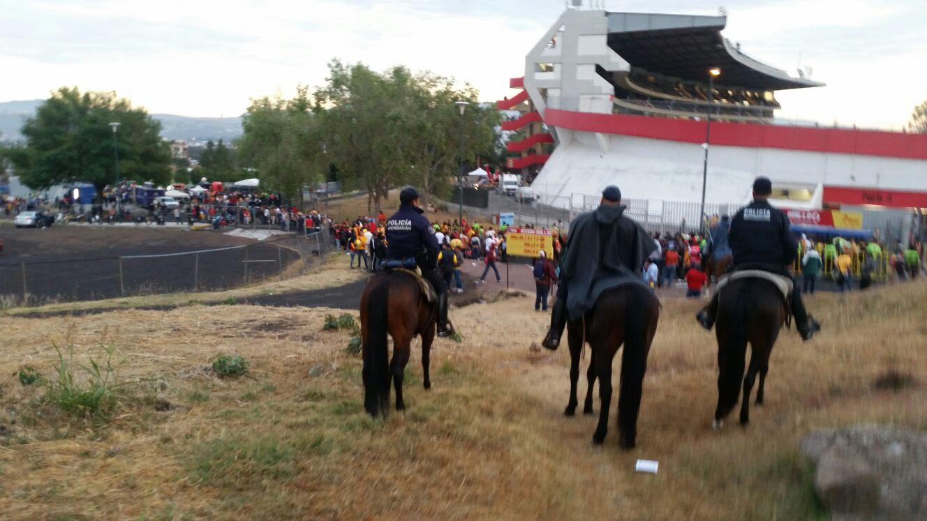 Mil 400 Polis Para Monarcas VS Pumas; Filtros En Entradas De Morelia Para Detectar Porras De UNAM