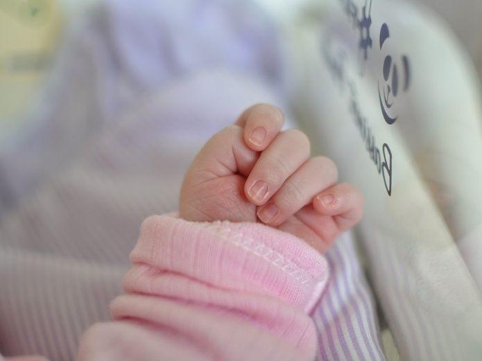 Sorprendente: Chica Embarazada Muere Al Ser Atropellada Y Comienza A Dar A Luz