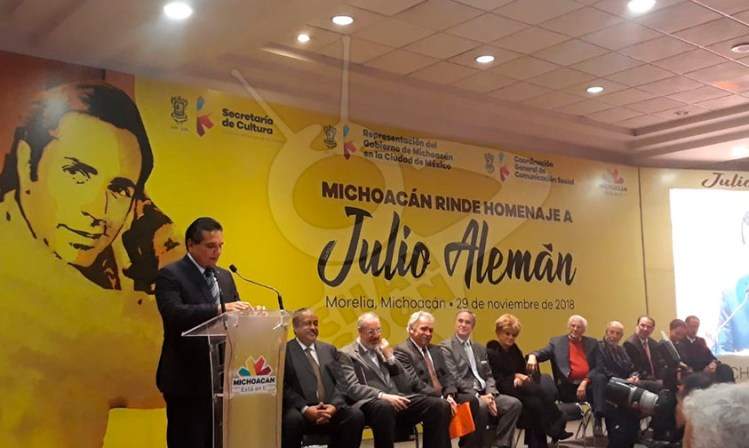 homenaje Julio Alemán Morelia Silvano Aureoles