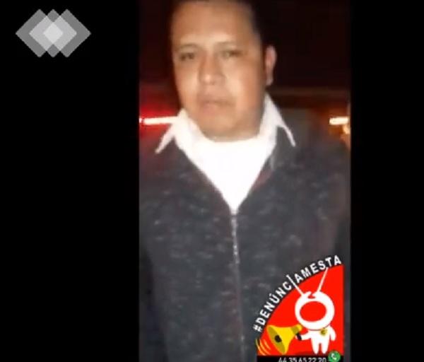 #Denúnciamesta! Poca madre! agentes Policía Michoacán asaltaron a banda musical en carretera