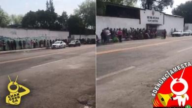 #Denúnciamesta Filas sin Sana Distancia en secundaria de Morelia por cobro de fichas