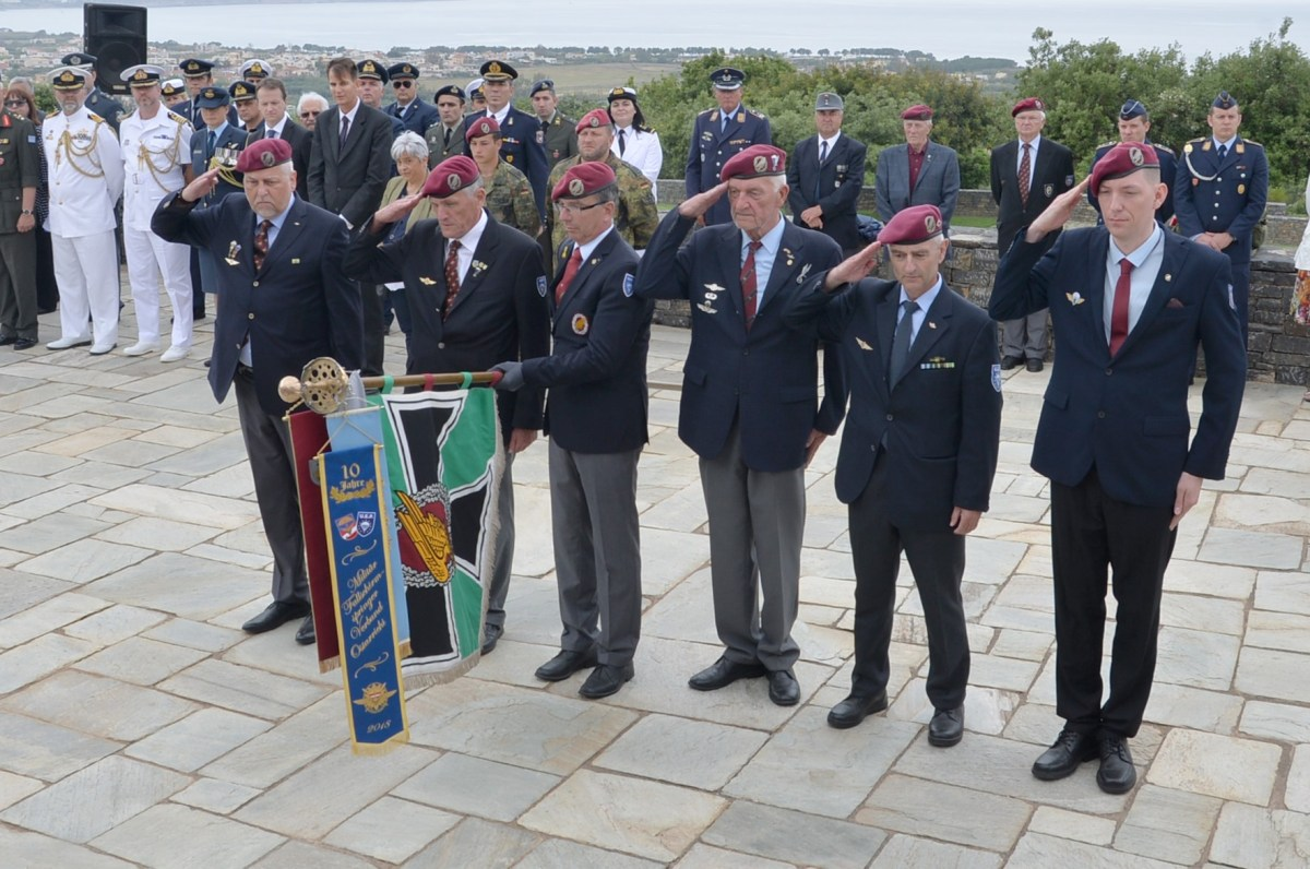 PHOTOS: Wreath laying ceremonies for the Anniversary of the Battle of Crete