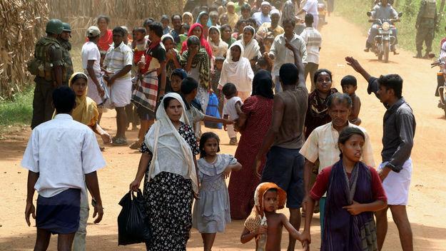 Sri Lankan displaced civilians (Reuters)