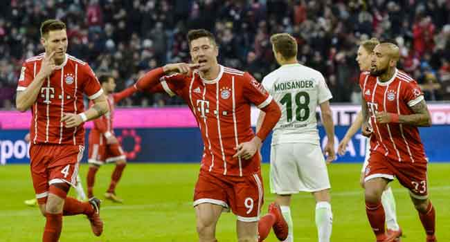 Thomas Mueller's 100th Bundesliga goal as Bayern Munich gets 16-point lead