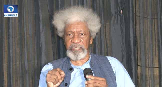 Soyinka says corrupt leaders should be jailed
