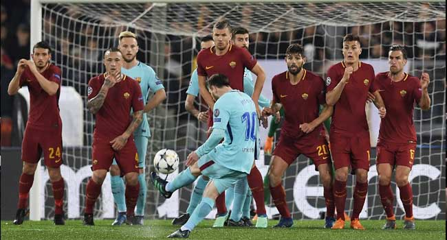 Roma celebrate stunning Champions League comeback against Barca