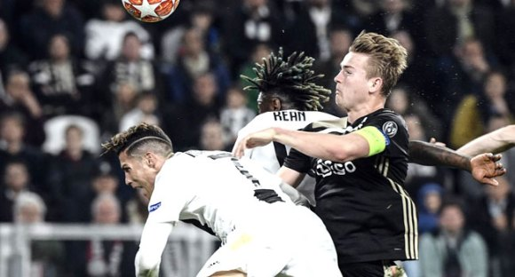 Ajax Stun Juventus To Reach Champions League Semis